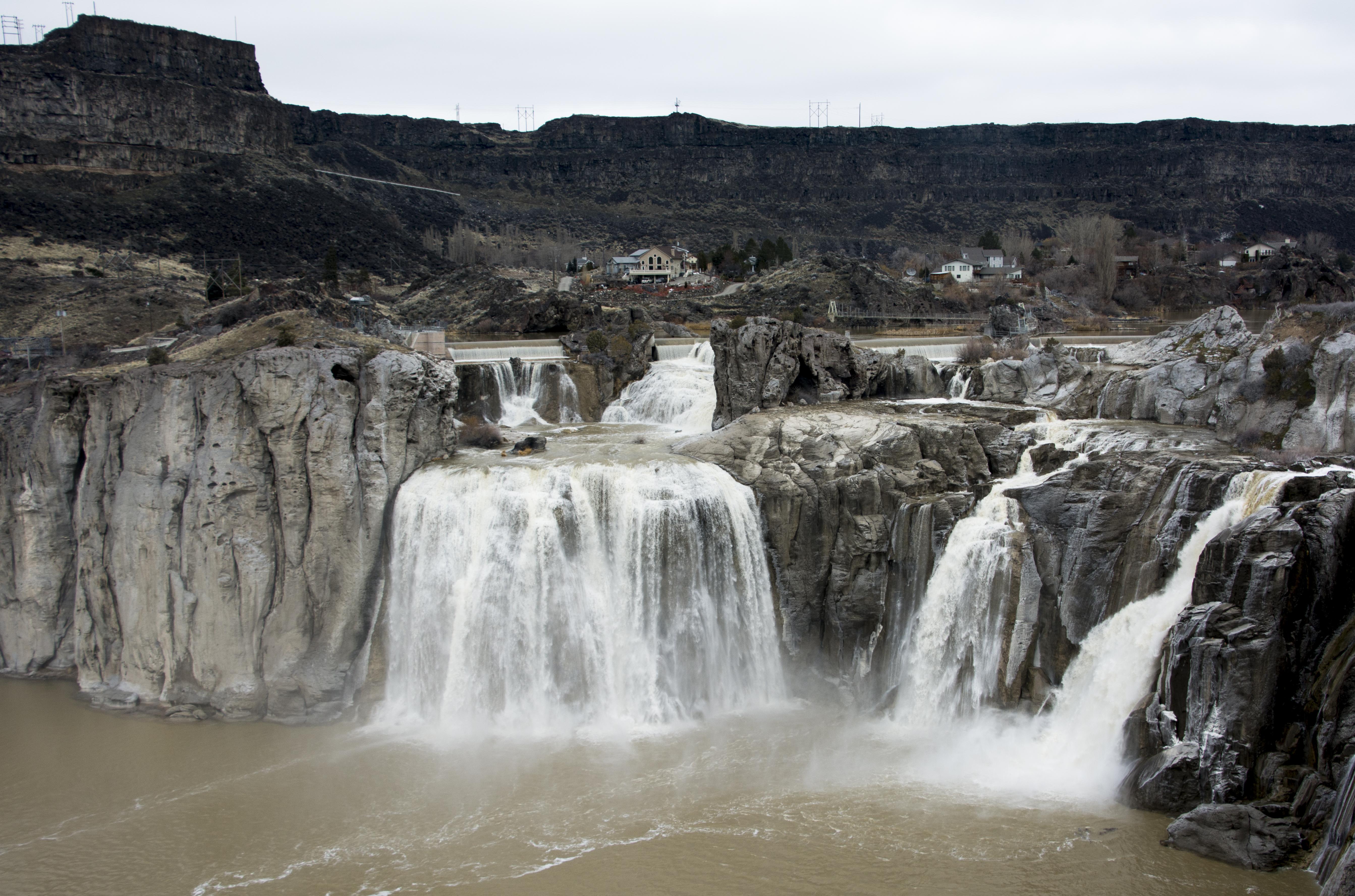 shoshone-falls.jpg